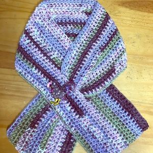 Handmade Crochet Keyhole Scarf Womens With Rooster